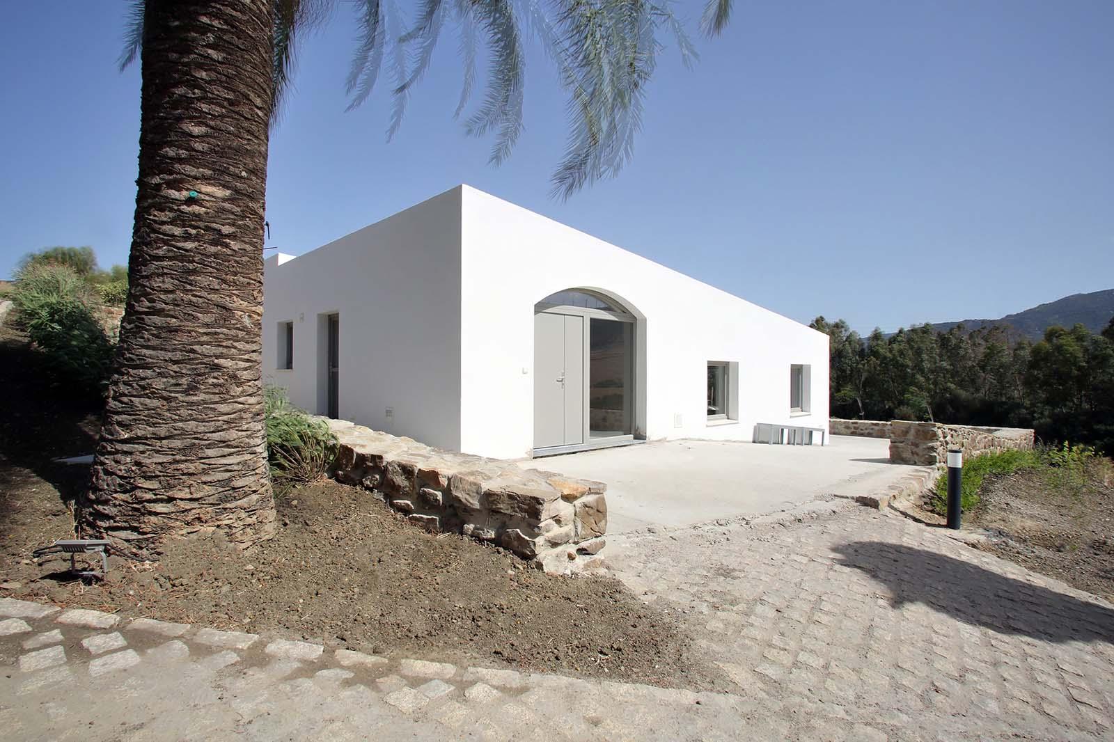 Nave Tarifa - Pez Arquitectos